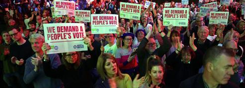 Brexit: les artistes britanniques toutes voiles dehors pour exiger un second référendum