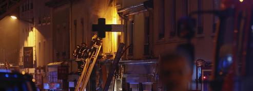 Une marche organisée et des cagnottes ouvertes après un incendie meurtrier à Lyon