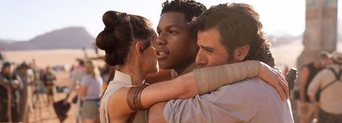 Star Wars :J. J. Abrams et John Boyega annoncent la fin de l'épisode IX en image