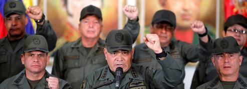 Le bras de fer se poursuit entre les militaires vénézuéliens et les anti-Maduro
