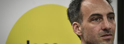 Européennes: au PS, le choix de Glucksmann comme tête de liste divise