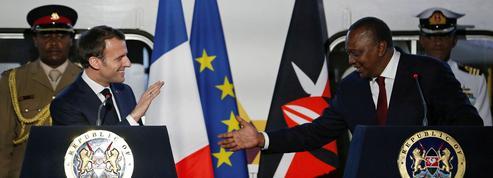 En Afrique, Macron a mis en garde contre la prédation chinoise