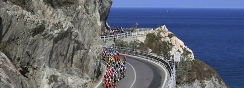 Milan-San Remo: un coureur dévale une descente à toute vitesse puis alerte du danger