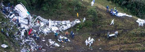 Un survivant du crash de l'équipe de football de Chapecoense est décédé