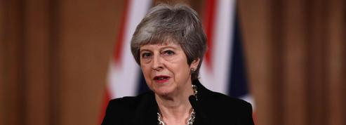 Theresa May va réclamer un nouveau report du Brexit