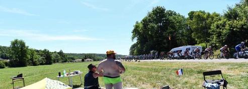 Tour de France: au bord des routes avec les spectateurs