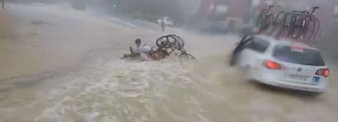 Cyclisme: transformée en rivière, une route piège des concurrents
