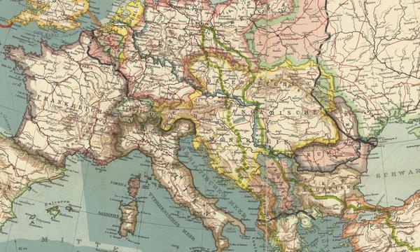 Sur ce détail d'une carte de 1916, le territoire de l'Autriche-Hongrie est délimité par le surlignage jaune. On remarque l'emprise de l'empire sur le territoire frontalier au nord-est de l'Italie, qui correspond au Tyrol du Sud, aujourd'hui italien.