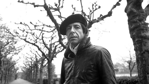 Le chanteur Leonard Cohen en 1976.