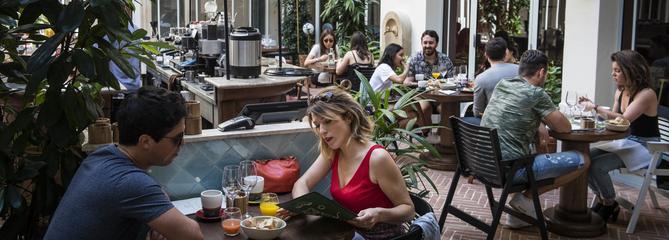 10 restaurants ouverts en juillet-août à Paris