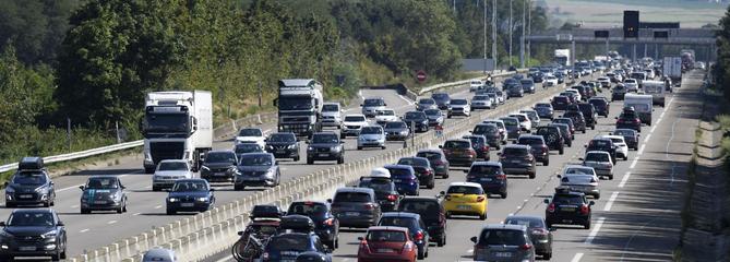 Gros bouchons sur les autoroutes A7 et A9 en ce week-end de chassé-croisé