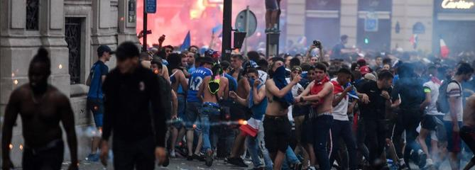 Violences post-Coupe du monde : sommes-nous condamnés à l'impuissance ?
