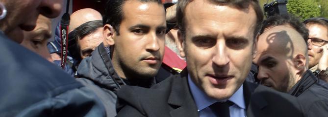 Sous pression, Macron reconnaît «des dysfonctionnements à l'Élysée»