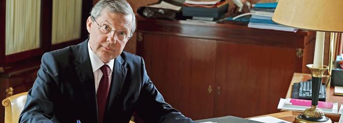 Philippe Bas: «La thèse officielle sur la mission de M.Benalla paraît fragile»