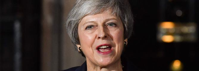 Theresa May impose à son gouvernement l'accord sur le Brexit
