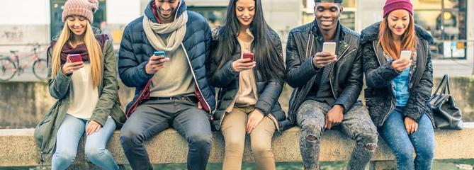 Vie privée, cyberharcèlement: comment protéger son enfant sur les réseaux sociaux