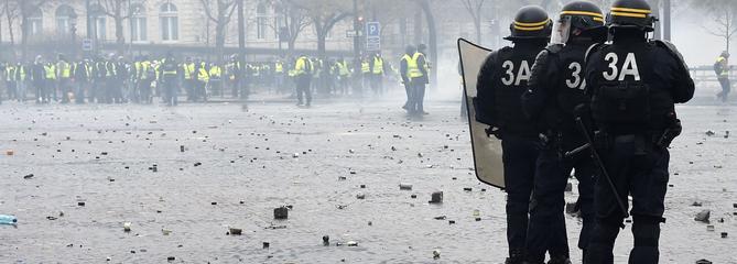 «Gilets jaunes»: une prime de 300 euros pour les forces de l'ordre