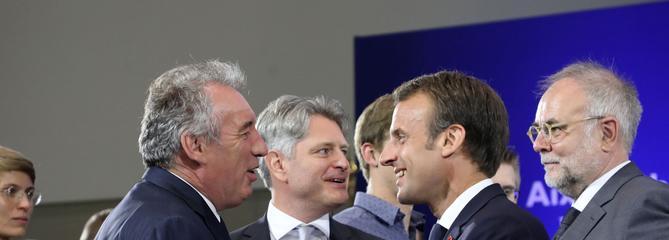 Européennes: une liste LaREM/MoDem en tête, selon un sondage