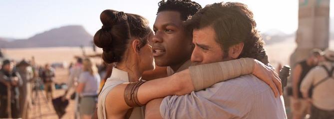Star Wars:J. J. Abrams et John Boyega annoncent la fin de l'épisode IX en image