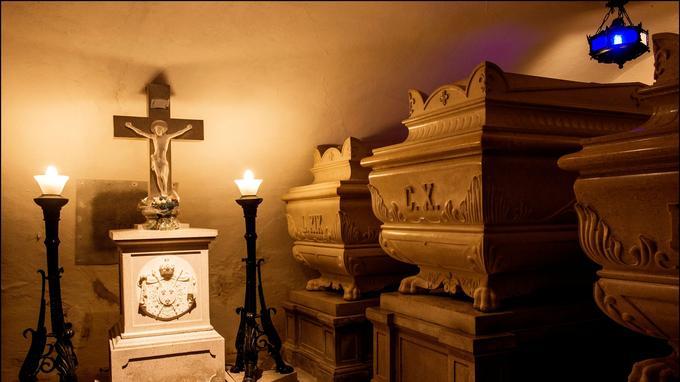 Le couvent franciscain de Kostanjevica, près de Nova Gorica, abrite les tombes des derniers Bourbons Charles X et Louis XIX. Son surnom: le «petit Saint-Denis».