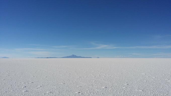 Le plus grand désert de sel du monde disparaissant à l'horizon. (Crédit: Pixabay)