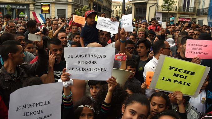Manifestation le 8 mai à Béziers pour protester contre les propos tenus par le maire de la ville, Robert Ménard.