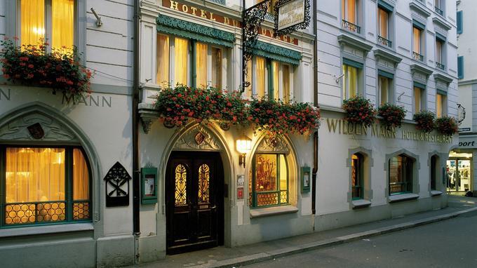 Le Romantik Hotel Wilden Mann, une ancienne taverne devenue un hôtel au milieu du XIX ème siècle.