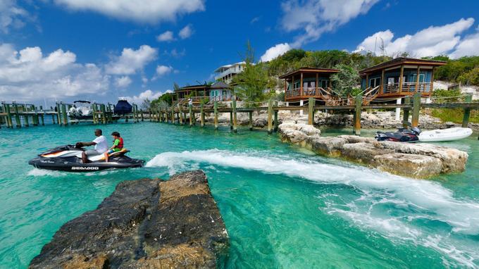 Staniel Cay, dans les Exumas. Une marina, un bar et un hôtel au milieu de nulle part, mais très prisés des plaisanciers.
