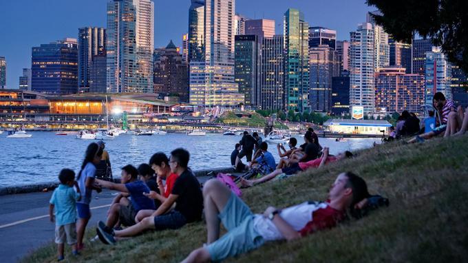 Vancouver, sur le littoral pacifique, est la ville la plus branchée du Canada mais aussi une porte vers l'Asie. Les Chinois y investissent massivement.