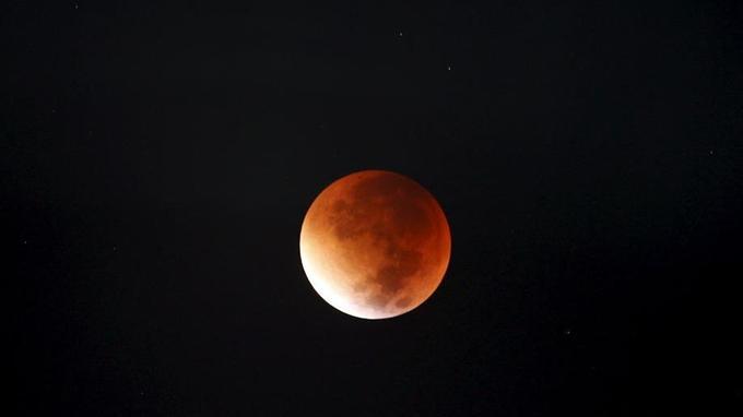 La super-lune vue de Jordanie ce lundi.