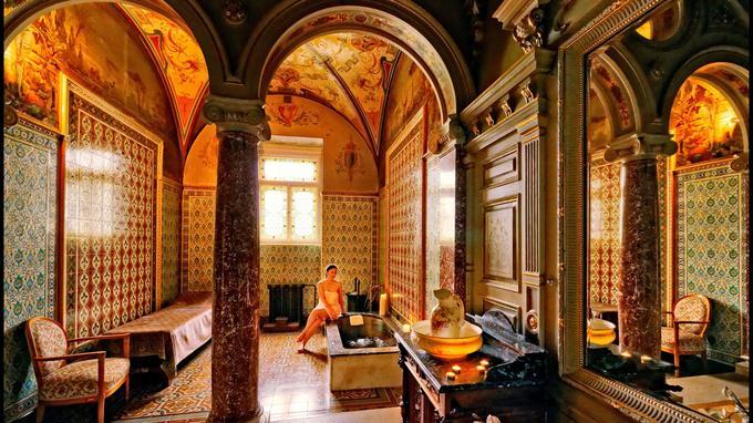 Marienbad: la cabine personnelle du roi d'Angleterre Edouard VII, au Danubius Health Spa Resort Nove Lazne. Le luxe, le calme et...la santé.