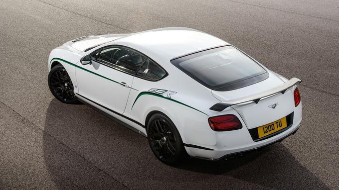 Par rapport à la version V8S, le 8 cylindres en V biturbo de 4 litres a gagné 52 chevaux.