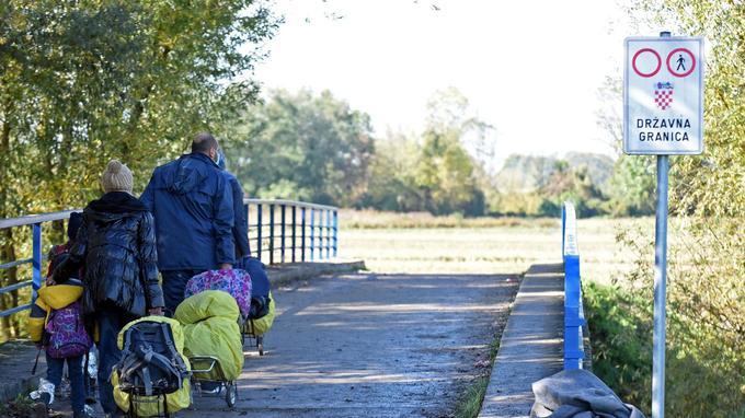 Près de 20.000 migrants sont arrivés en Slovénie depuis samedi. Bien souvent en passant, comme ici, par la Croatie.
