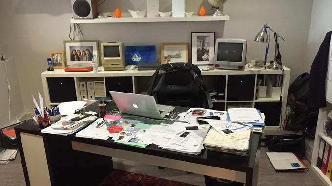 La clef de la productivité avoir un bureau en désordre