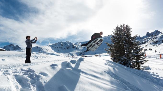 En plus des sports de glisse «classiques» (ski, snowboard, raquettes), tout un panel d'activités annexes dites «hors ski» sont proposées.