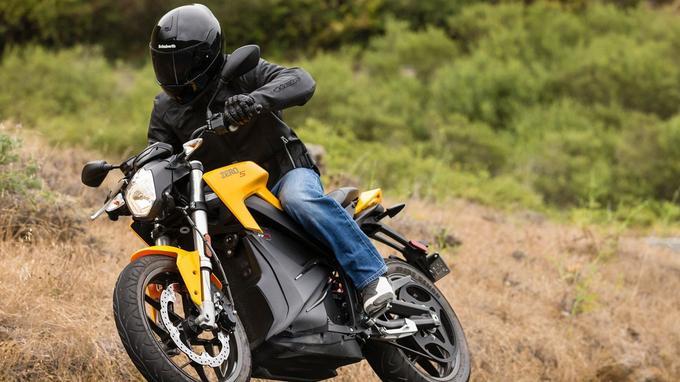 La Zero S est le plus coûteux des deux modèles proposés par la constructeur californien (15 990 €).