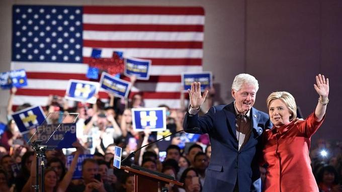 En gagnant dans le Nevada, Clinton espère sans doute avoir créé une dynamique de succès salvatrice.