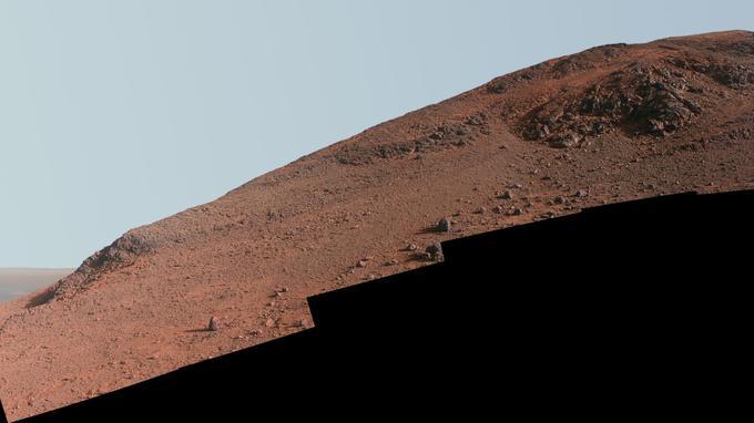Vue des pentes les plus fortes sur lesquelles s'est aventuré Opportunity, sur les flancs du cratère Endeavour.