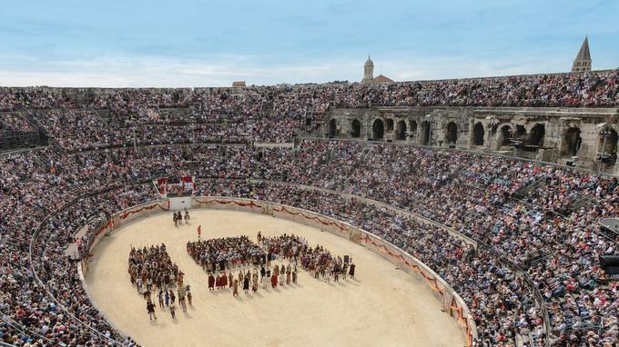 À une semaine du jour J, il ne restait que 600 places disponibles pour assister à la reconstitution dans l'amphithéâtre de Nîmes.