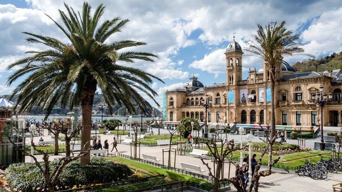 L'ancien casino créé par la reine Marie-Christine, épouse du roi Alphonse XII. Elle lança la station de San Sebastián dans l'aristocratie européenne vers 1912.