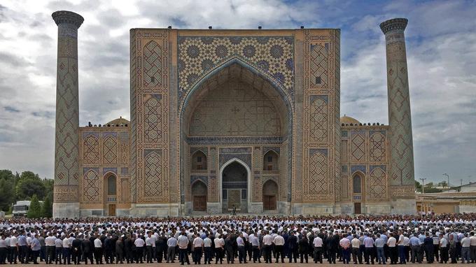 «Notre peuple, l'Ouzbékistan a subi une perte irréparable», a déploré le Premier ministre Chavkat Mirzioïev, cité par l'agence russe Interfax.