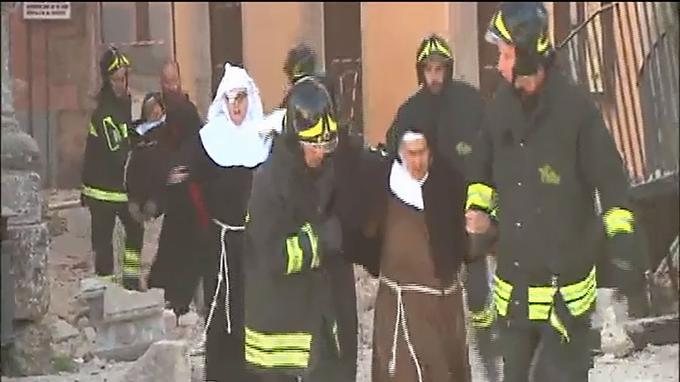 La chaîne Sky Tg24 a diffusé des images de l'intervention des secours.