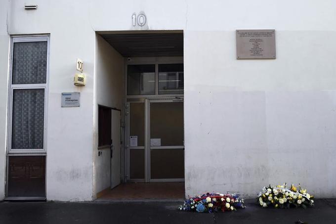 Les journalistes de <i>Charlie Hebdo</i> travaillent maintenant dans une nouvelle rédaction, donc l'adresse est tenue secrète.