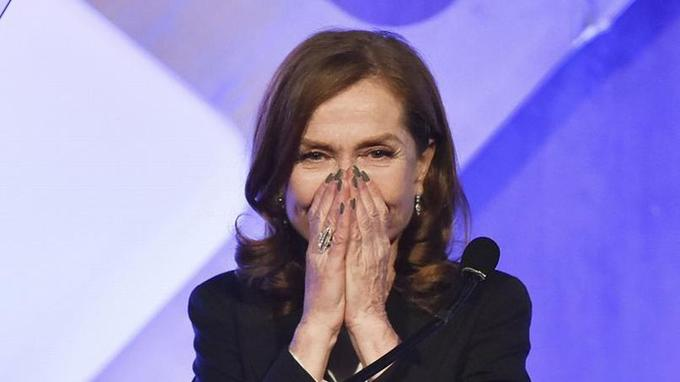 L'actrice française de 63 ans a déjà remporté le Gotham awards et le Golden Globe de la meilleure actrice. Elle est nommée au César et aux Oscars.
