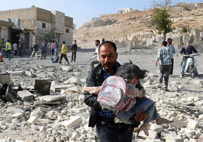 Selon l'Unicef, 280.000 enfants vivent dans les secteurs assiégés.