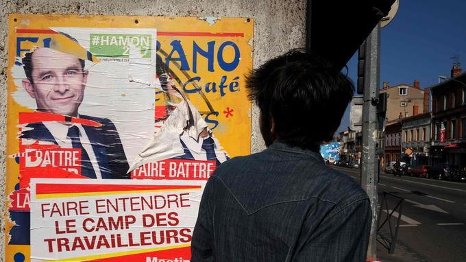 Une affiche de campagne pour le candidat socialiste à Toulouse.