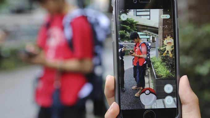 La réalité augmentée pour attraper des Pokémon.