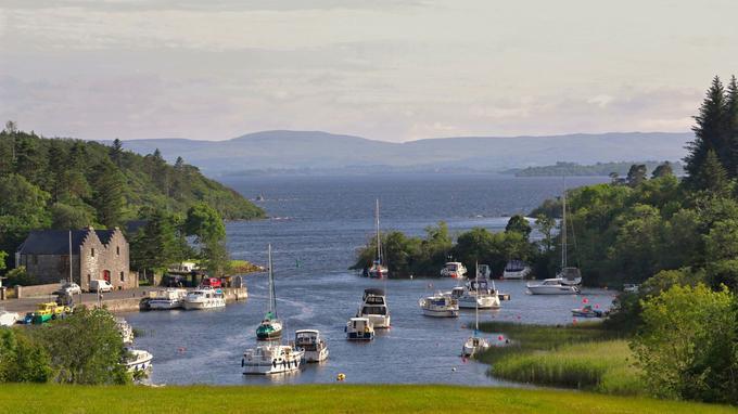 Au bout du domaine réservé de l'Ashford Castle, ancienne propriété des Guinness, à Cong (comté de Mayo), un minuscule port de rêve pour quelques privilégiés.