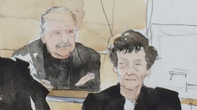 Carlos est jugé pour l'attentat du Drugstore Publicis à Paris, qui fit deux morts en 1974.