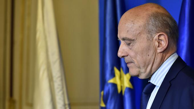 Alain Juppé a appelé à voter pour Emmanuel Macron peu après l'annonce des résultats du premier tour.
